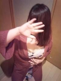 須森 仁美